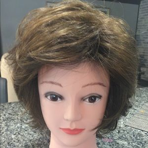 Other - Hairdo Diplomat Wig Chestnut Light Brown